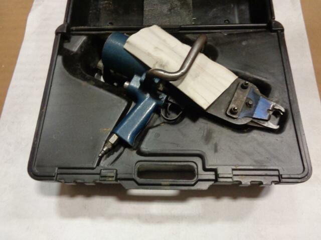 1 Used Stanley Sc50t Hog Ring Gun R50