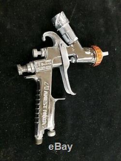 Anest Iwata LPH-400-LVX Orange Paint Spray Gun