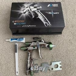 Anest Iwata LS-400-ETS12 Spray Gun