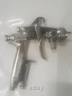 Anest Iwata Pressure Feed Spray Gun W-101-E2P Professional, Paint Air Tool
