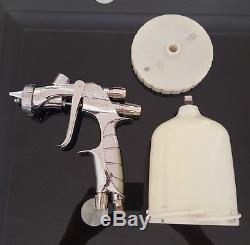 Anest iwata ws400 spray gun with original iwata ws 400 cup great condition