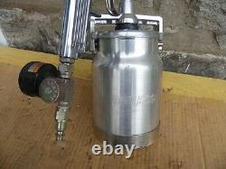 Binks 2001 Professional Paint Spray Gun With Sharpe Pressure Gauge DevilBiss Can