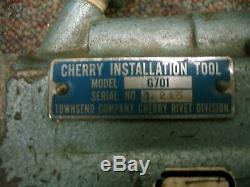 Cherry Max Riveter G701