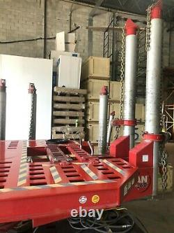 Chief Titan 3 Tower Frame Machine In Great Condition Air Jack Tools Truck Clamp