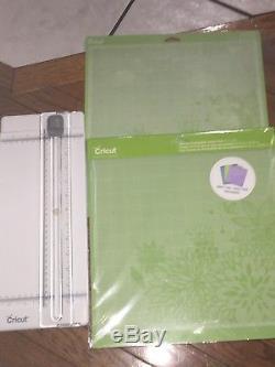 Cricut Explore Air 2 Machine Bundle Heat Transfer, Vinyl Pack, Tools, Pens, Etc