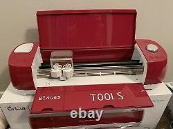 Cricut Explore Air 2 Smart Cutting Machine MEGA BUNDLE! Tools, Vinyl, Iron on