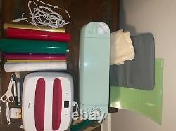 Cricut explore air 2, mint, easy press, easy press mat, tools, carrying bag