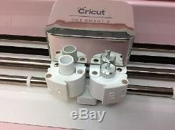 Cricut z20-03638-C9-BUN Explore Air 2 Machine