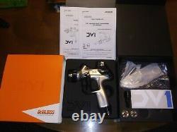 DEVILBISS DV1 BASECOAT DIGITAL SPRAY GUN With DEKUPS