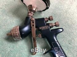 DeVilbiss Tekna Basecoat Premium Spray Gun with SN-37 1.4 Tip, HV20 Cap, 3M Cup