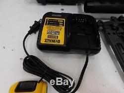 DeWalt DCN550D1 20v Cordless Finish Nailer Power Tool 518147 J10