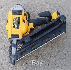 dewalt dcn692 20v max xr cordless brushless paper tape dual speed framing nailer
