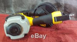 DeWalt DW66C-1 Pneumatic 15-Degree Coil Siding Nailer Kit Used #2151