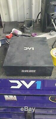 Devilbiss DV1 Gravity Feed Spray Gun
