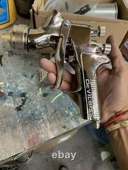 Devilbiss GTi Millennium HVLP Gravity Feed Spray Gun 3 Fluid Tips and Cup