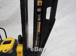 Dewalt DCN660 20V Max 2.0 Ah Cordless LithiumIon 16 Gauge Finish Nailer Kit