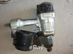 Druckluftnagler Coilnagler Hitachi NV 83 für Nägel 50-83mm