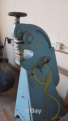 Marchant, Shrinking and Stretching Machine, Model 6A, Air operated, withtooling