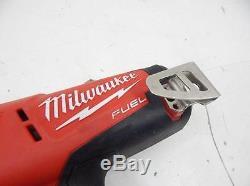 Milwaukee 18v Cordless Finish Nailer Power Tool 533254 L37