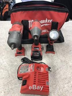 Milwaukee M18 Cordless 1/2 and 3/8 Drive Impact Wrench Combo Kit 1 Battery