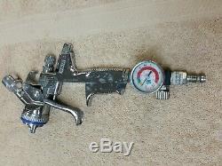 SATA JET 4000 BRP PAINT SPRAY GUN WithSATA PRESSURE GAUGE Great Condition Ships Fr