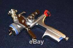 SATA JET 5000 B RP 1,3 1.3 TIP SPRAY GUN BEAUTIFUL with ADAM 2 DOCK / PROTECTOR