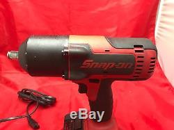 SNAP ON CT7850 1/2'' Impact Wrench with 2 batteries & 1 Charger