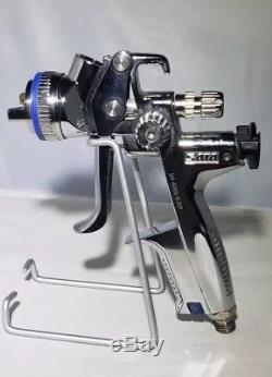 SataJet 4000 B RP Spray Gun with 1,3 with Adam dock station