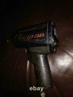 Snap On 1/2 impact wrench MG725 1200 ft. Lbs. Torque Air-powered