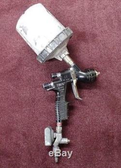 Tekna Prolite DeVilbiss Spray Gun With Digital Press Gauge and Paint Cup